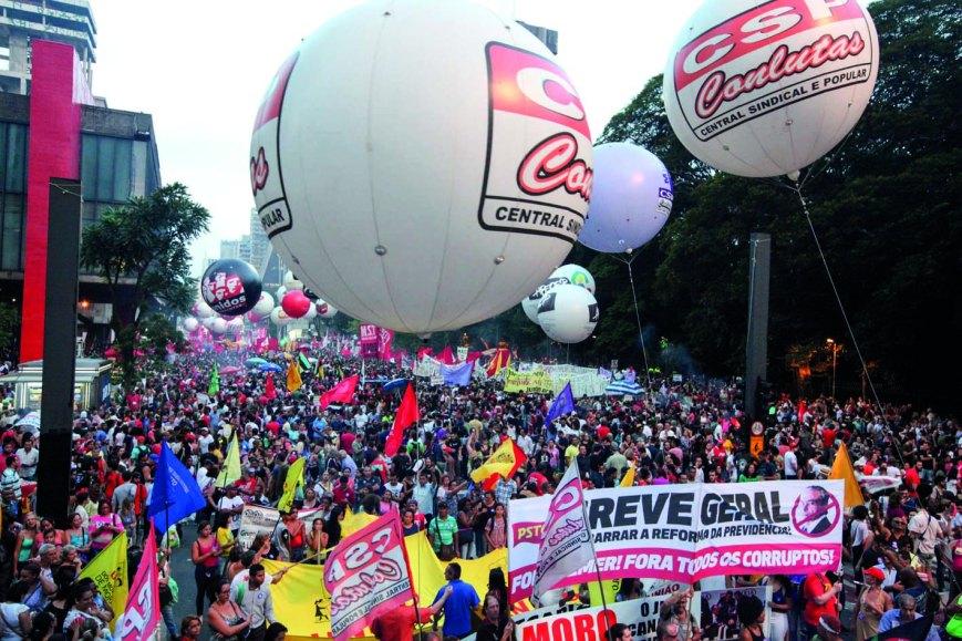 2017-03-15-Paulista-Ato unificado 15M (32)